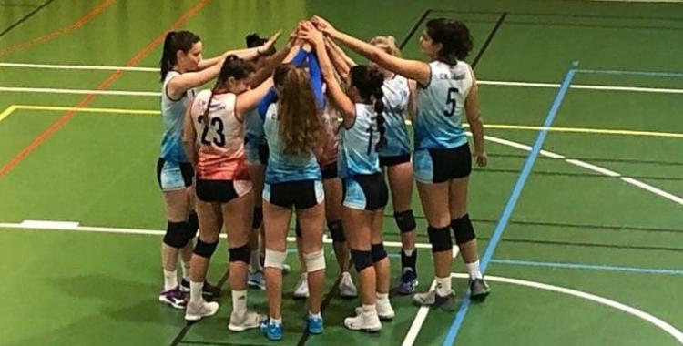 Les jugadores del sènior femení, en el partit contra el Lleida | CNS Vòlei