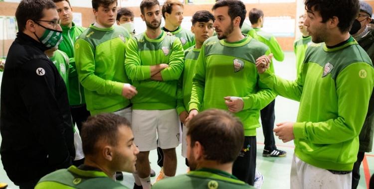 La cara d'incredulitat dels jugadors de l'OAR en el partit davant el Palautordera  | @oargracia
