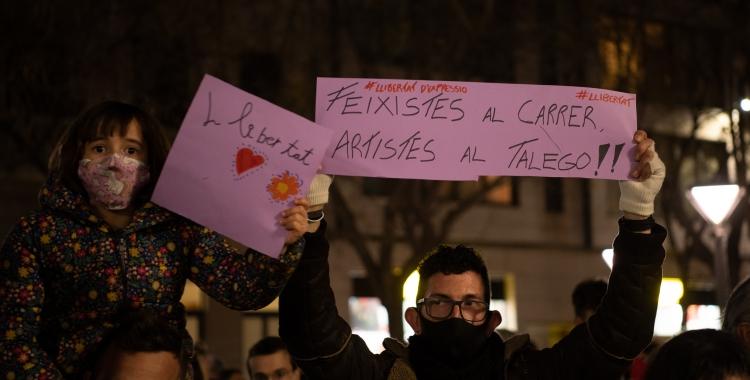 Una de les protestes a favor de Hasél, a Sabadell/ Roger Benet