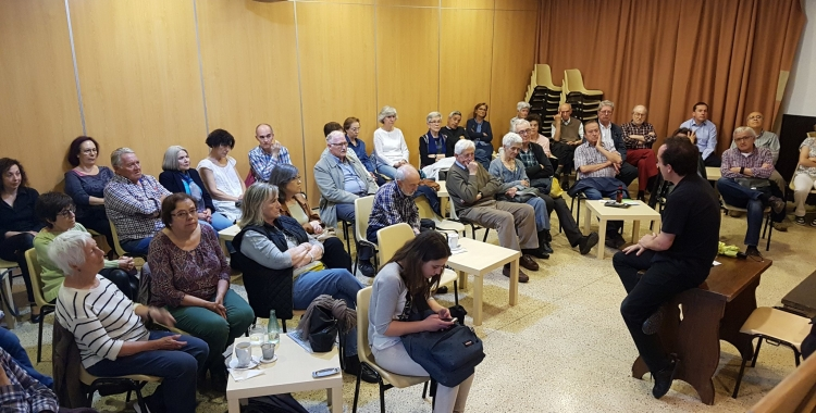 Una sessió dels Cafès Científics del 2018/ Taulí
