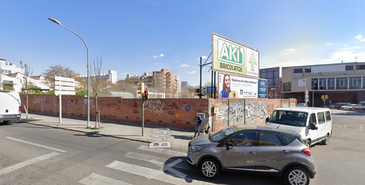 El solar on s'ubicarà el nou institut Narcisa Freixas | Google Maps