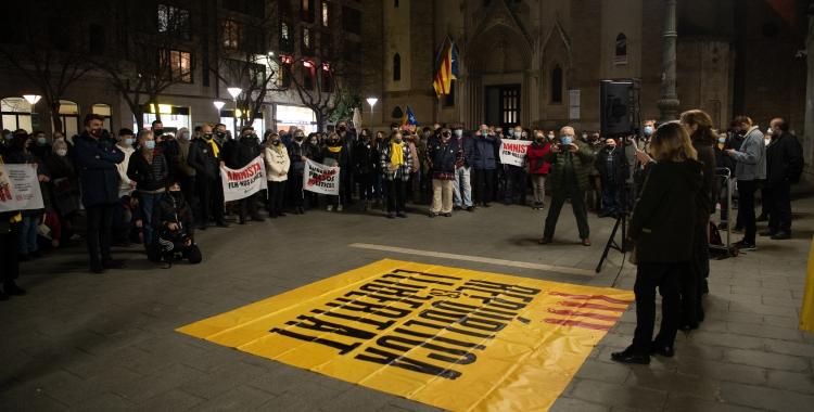 La concentració ha congregat unes 250 persones aquest vespre  | Roger Benet