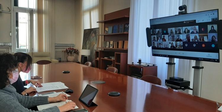 L'alcaldessa Marta Farrés i la tinenta d'alcaldessa Montse González, en la presentació del projecte | Cedida