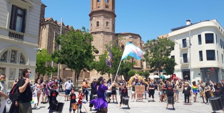 Clara Palau al centre de la batucada de les Forques de Can Deu el passat 28 de juny | Núria García