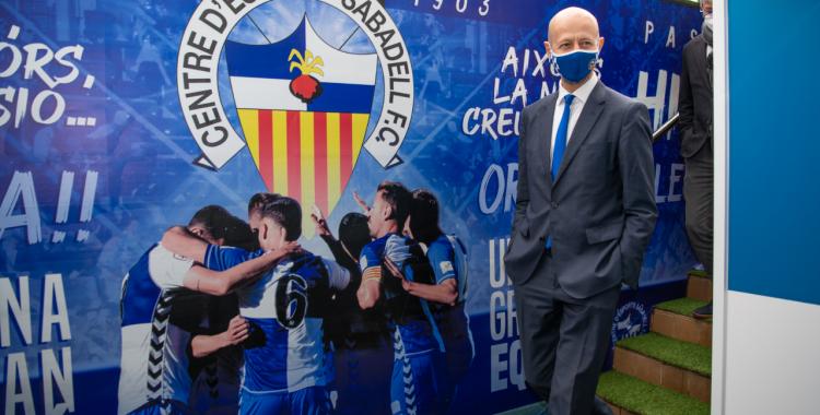 El president del Centre d'Esports, Esteve Calzada, en un acte comercial enguany | Roger Benet