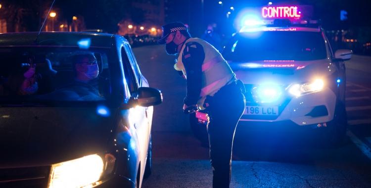 Un control de la policia   Roger Benet