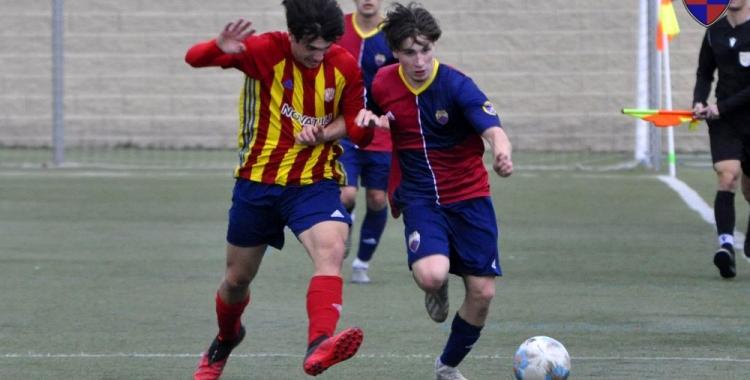 El Mercantil va disputar un amistós el passat cap de setmana a Manlleu saldat amb triomf per 0-2 | jmguarch - CE Mercantil