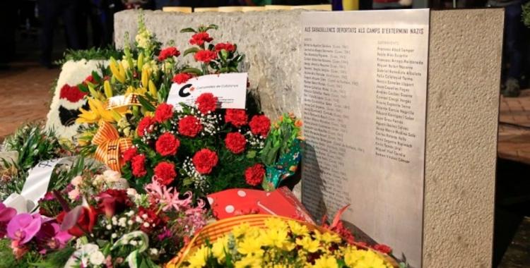 El nom d'Enric Tomàs Urpí es retirarà del monòlit en memòria dels deportats sabadellencs als campsnazis   Ajuntament de Sabadell