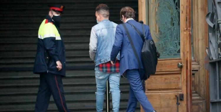 El principal acusat, entrant a l'Audiència de Barcelona/ ACN