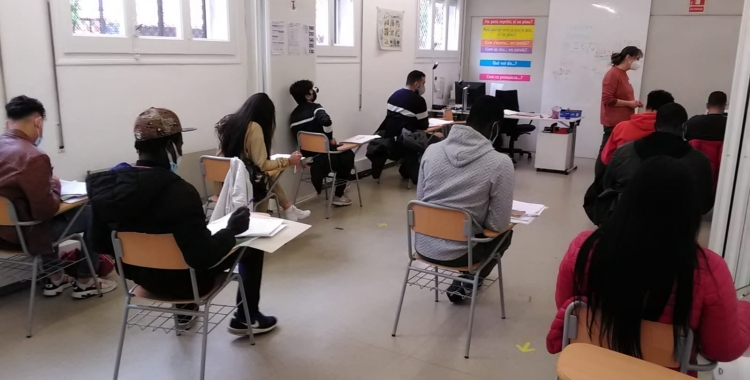 Una de les classes d'aquest tercer trimstres que va començar el 28 d'abril | Facebook