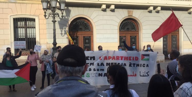 Imatge de la concentració de Sant Roc aquesta tarda | Ràdio Sabadell