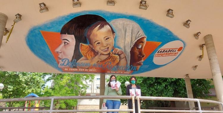 Guerola i Morell, davant del mural dels Merinals/ Karen Madrid