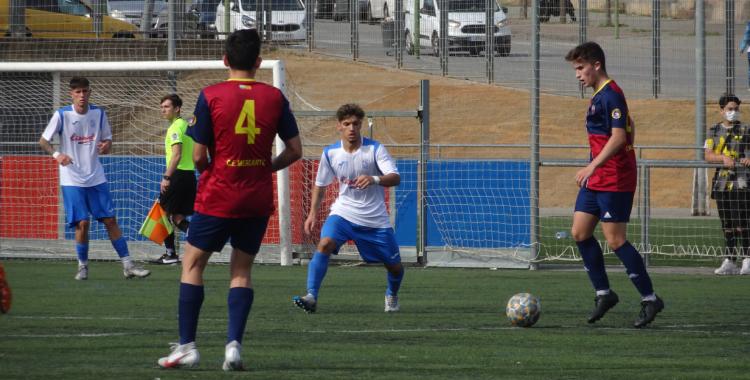 L'última derrota a casa, davant el Prat, va deixar els de Dani López en una situació delicada | Arxiu
