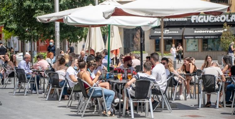 Bars i restaurants podran obrir fins a la 1 de la nit | Roger Benet