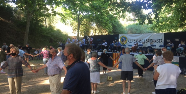 Aplec Sardanista a la Font de Can Rull | Ràdio Sabadell