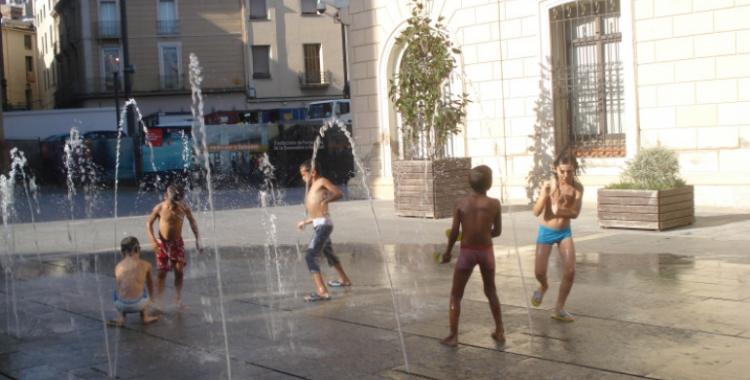 Infants sahrauí durant les Vacances en Pau de fa una dècada/ Vallès Wilaia