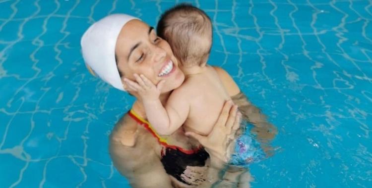 Carbonell, amb el seu fill Kai | Cedida
