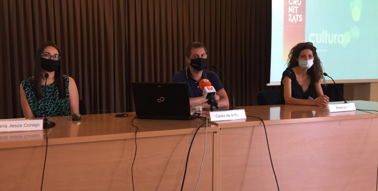 MAria Jesús Conejo, Carles de la Rosa i Mireia Llunell en la roda de premsa d'avui   Ràdio Sabadell