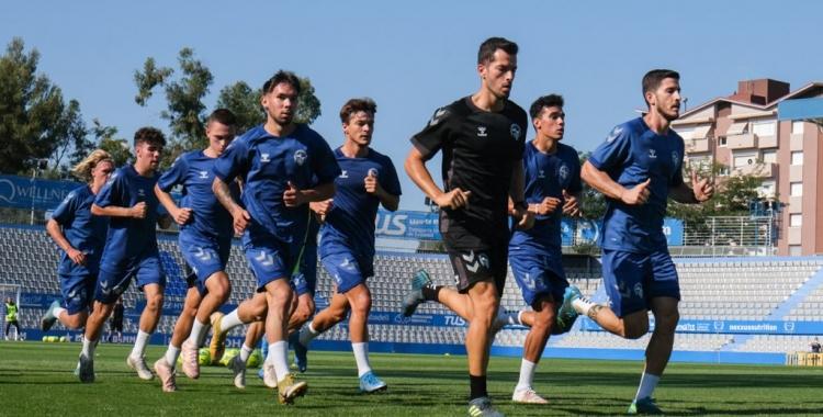 Moñino, corrent amb els jugadors | CES
