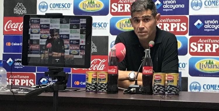 Hidalgo dissabte a la sala de premsa del Collao | Adrián Arroyo