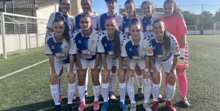 La plantilla del CES Femení abans del partit contra el Palautordera CF   Twitter