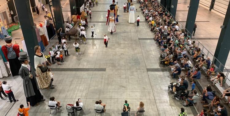 Celebrat el primer Seguici Festiu a Sabadell   Roger Benet