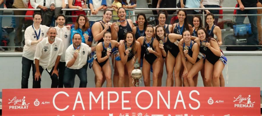Imatge de les campiones de lliga a la Pere Serrat | RFEN