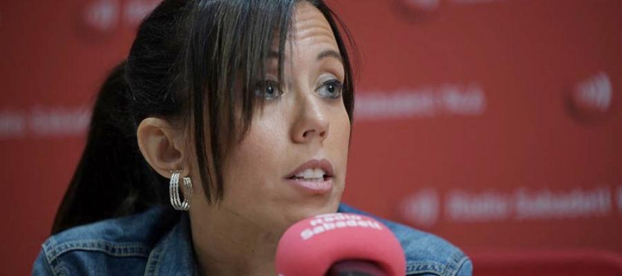 Marta Farrés, alcaldessa de Sabadell, en una entrevista a l'emissora pública | Roger Benet