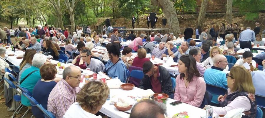 """450 persones gaudeixen en el tradicional """"cocido andaluz""""   cedida"""