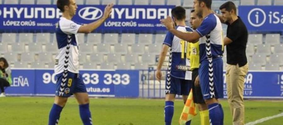 L'últim partit de Boris Garrós en lliga va ser contra l'Olot (jornada 7) | Críspulo Díaz