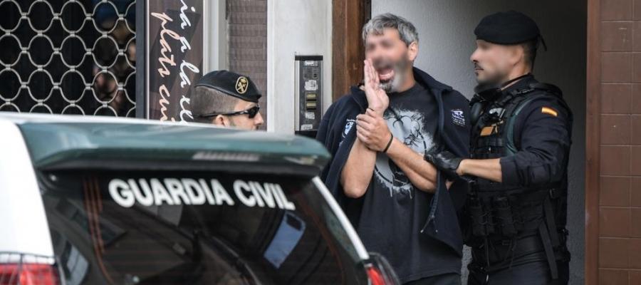 Xavi Duch en el moment de la detenció | Roger Benet