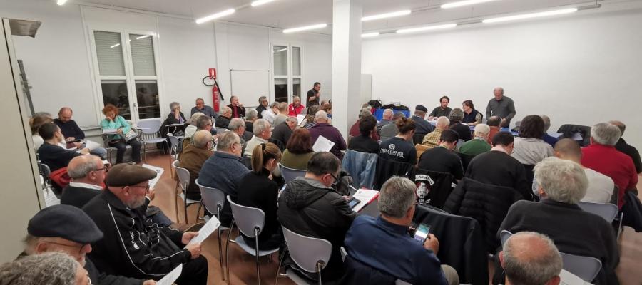 Una vuitantena de persones han participat a l'assamblea d'EUiA Sabadell | Cedida