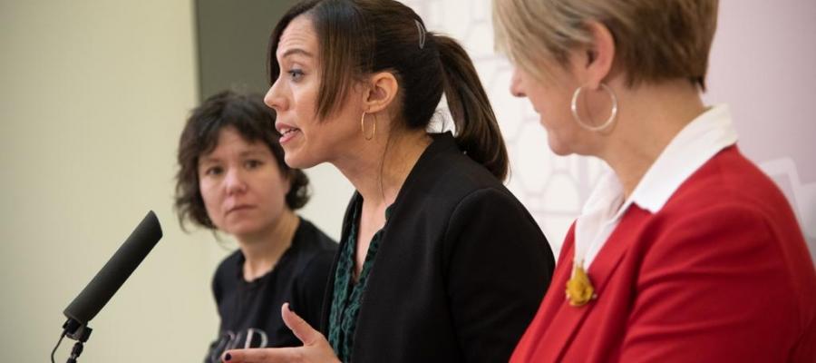 D'esquerra a dreta: Marta Morell, Marta Farrés i Lourdes Ciuró   Roger Benet