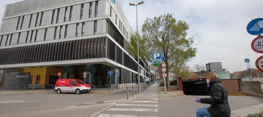 L'Hospital de Sabadell impedeix les visites a Urgències, l'Albada, el VII Centenari i la 9a planta delTaulí | Roger Benet