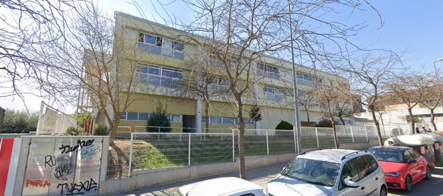 Exterior de l'institut Arraona, on s'ha detectat l'últim cas   Google Maps