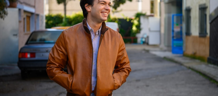 Carlos Serrano Clark a la sèrie | Cedida