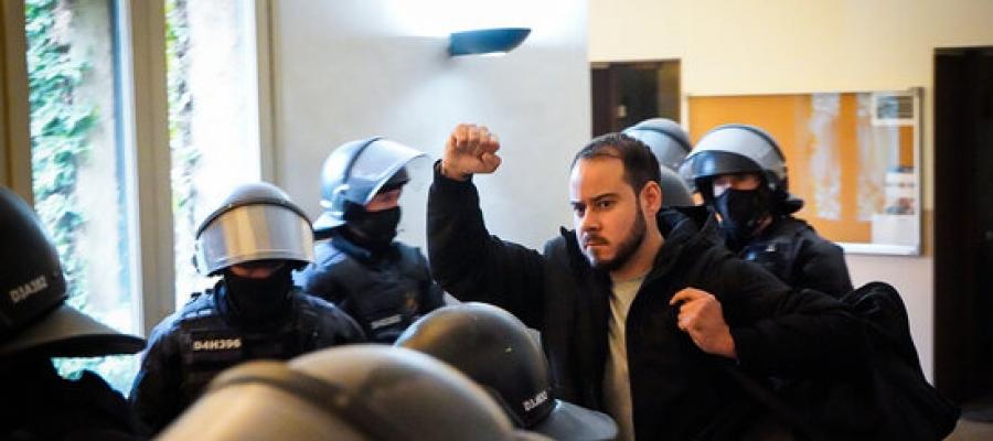 Pablo Hasél, detingut pels Mossos   ACN - Pau de la Calle
