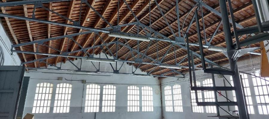 Interior d'una de les naus de l'antiga Sallarès i Deu | Karen Madrid