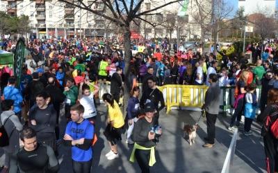 """La cursa """"Corro contra el càncer"""" va sumar més de 3.000 assistents l'any passat - © Arxiu Ràdio Sabadell"""