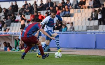 Migue García diumenge passat davant l'Atlético Levante | Roger Benet - CES