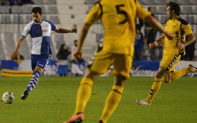 Lucas Viale no arribarà a temps per al partit contra la UE Llagostera per un microtrencament muscular