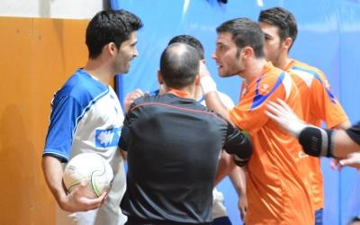 L'Escola Pia i el Natació Sabadell van disputar un derbi molt igualat