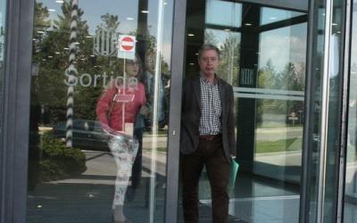 L'expresident del Consell Comarcal, Antoni Rebolleda, sortint dels jutjats