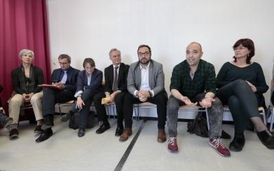 L'alcalde, el regidor d'Educació i membres del Departament d'Ensenyament a la trobada | Juanma Peláez