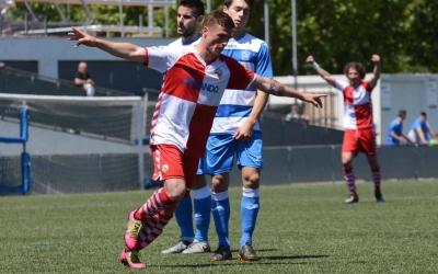 Max Marcet celebrant diumenge el seu gol al Prat | Roger Benet (CES)