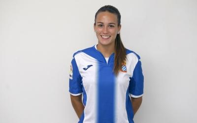 Carola Garcia es felicita per la permanència de l'Espanyol | www.rcdespanyol.com
