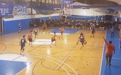 What's Up Pia i Natació Sabadell comencen el Play Out de permanència