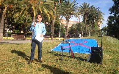 Joan Offroy fent el parlament inicial del XXè Memorial de la SIDA. Foto: Ràdio Sabadell
