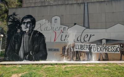 El mural a Xavier Vinader tacat per la pintura   @jor_berbis