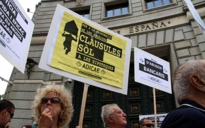 Les clàusules terra han generat protestes al carrer